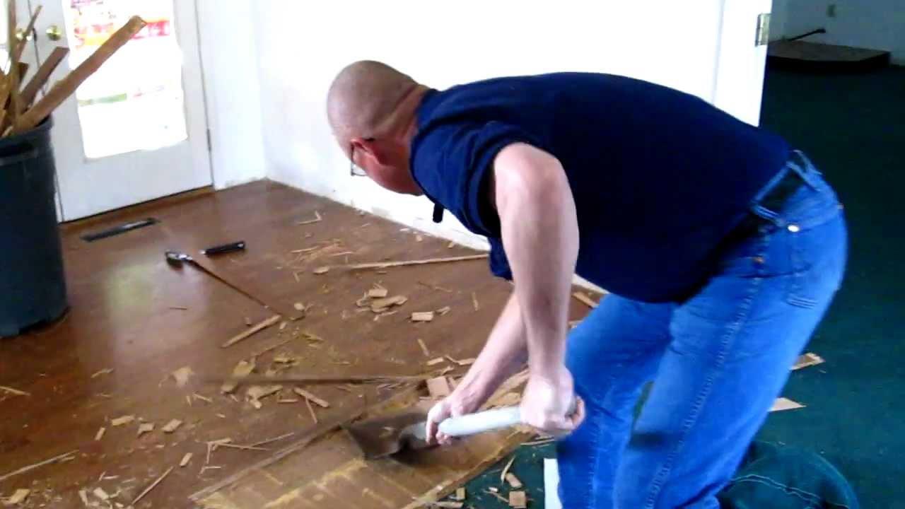 Remove Laminate Flooring, How To Remove Laminate Flooring From Concrete